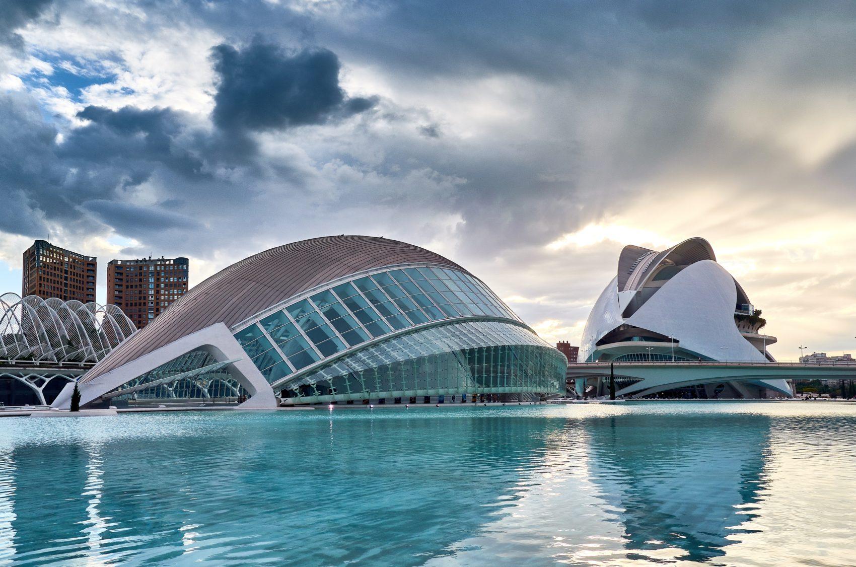 一度は行ってみたい世界の名門オペラ劇場-文化と芸術の殿堂