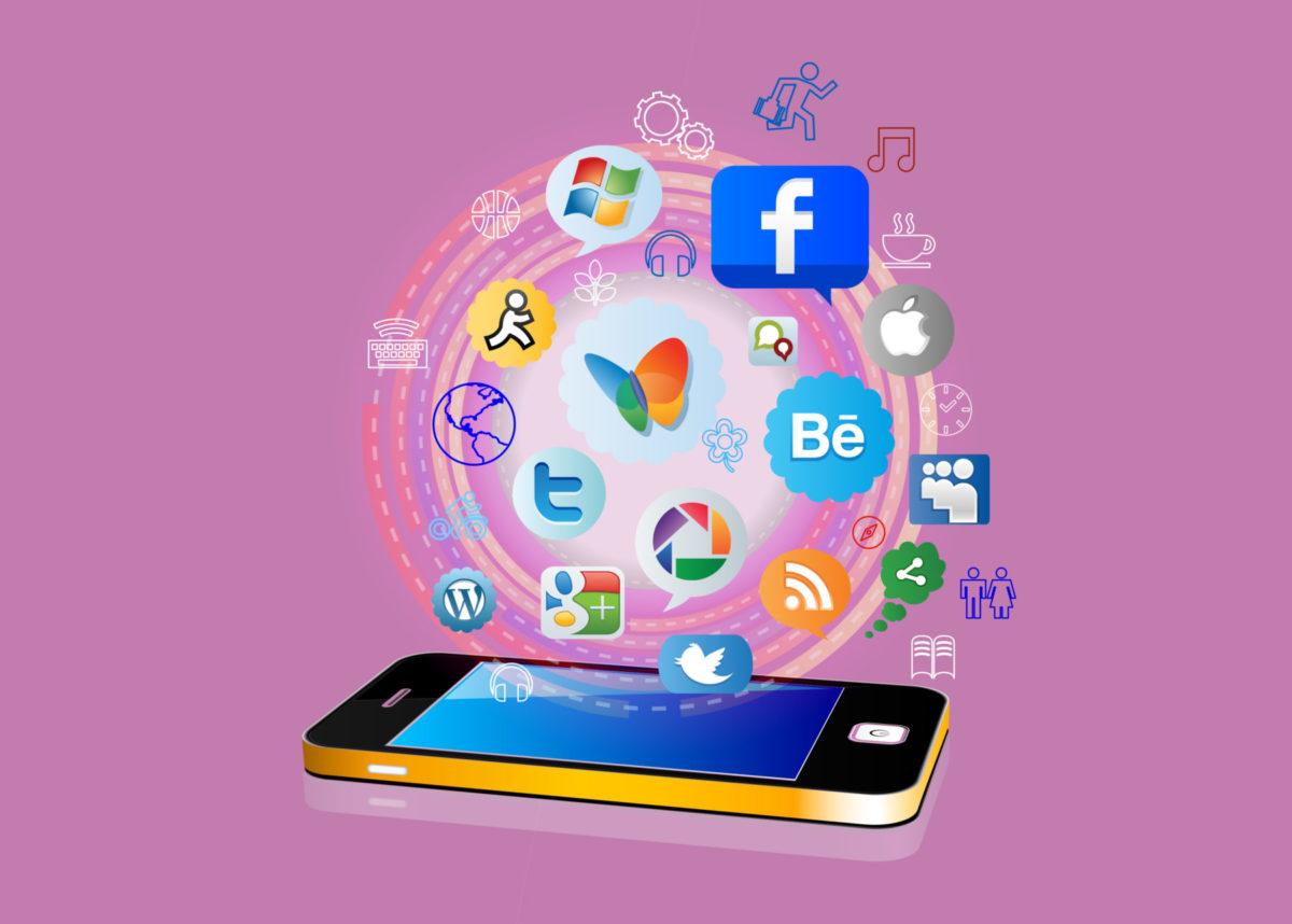 スマホが便利だと思う瞬間! 10年間使い続けて実感する本当に便利なアプリと機能とは?