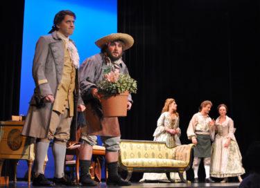 コミカルな恋愛劇が織りなす人間模様 モーツァルト「フィガロの結婚」