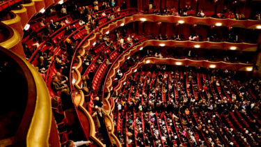 迫力の音響とライブ撮影で味わうオペラ体験! METライブビューイング